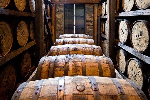 スコッチウイスキーはシングルモルトが面白い